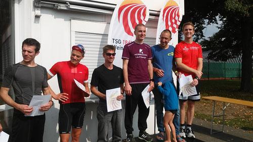 Steffen Grebe (ganz rechts) bei der Gesamt-Siegerehrung