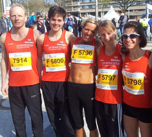 Jörg Heiner, Sandra Clemens, Christl Dörschel, Daniela Wurm, Mara Lückert (Katja Hinze-Thüs fehlt)