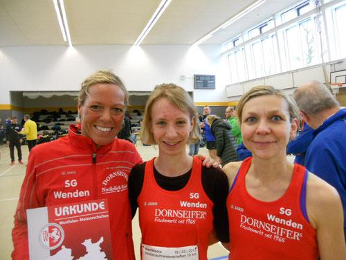 Die siegreichen Damen: Christl, Daniela, Katja