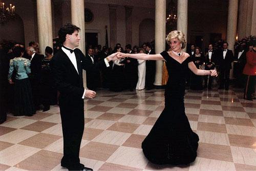 Prinzesin Diana von Wales mit John Travolta