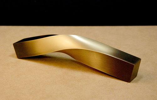 「HI・NE・RI - 2 」 真鍮 / 約W.20xH.4xD.4cm / 2013