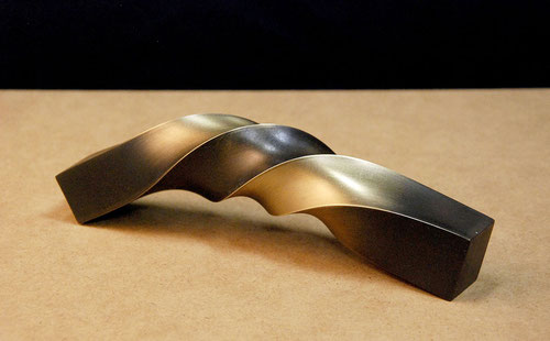 「HI・NE・RI - 5 」 真鍮 / 約W.20xH.4xD.4cm / 2013