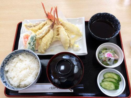 ホウボウ天ぷら定食。 ホクホクでおいしかった! これで900円はお安い!