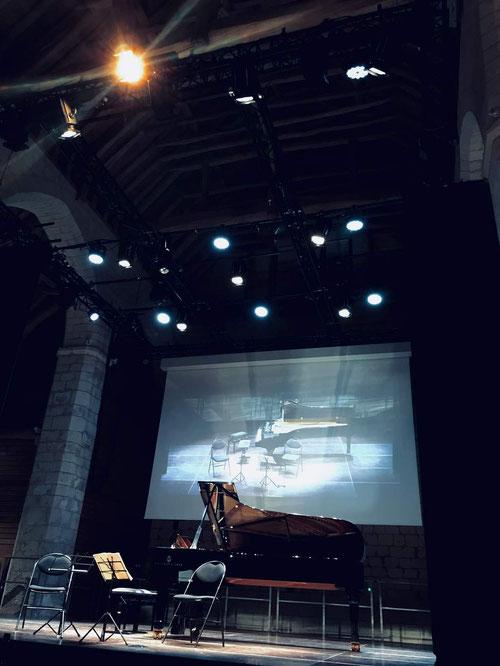 Maladrerie Saint-Lazare beauvais, stimmung trio beauvais, festival violoncelle de beauvais, unique zone, diffusion écran géant