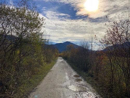Herbstwetter am Alpenrand