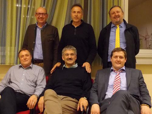 Präsidenten-Treffen am 8. April 2016: 1. Reihe v.l. Gollmann Eduard (1976-1984), Theuermann Franz (sonstige Zeiten), Veidl Gerhard (Pongratz&Veidl&Leeb 1994-1999); 2. Reihe Karner Helmut, Wutscher Meinhard (2006-2012) und Mitterbacher Walter (1984-1989)