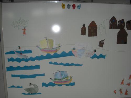 Hier seht ihr Jona unter dem Strauch. Entdeckt ihr auch Ninive und den Wal?