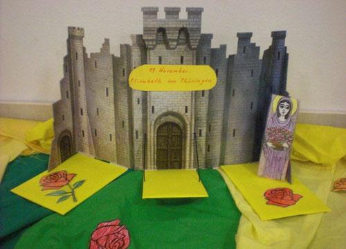 Elisabeth war auf einer Burg zu Hause.