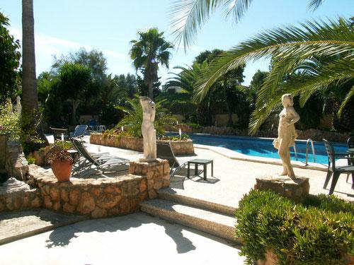 Ferienwohnungen Mallorca, Garten und Pool