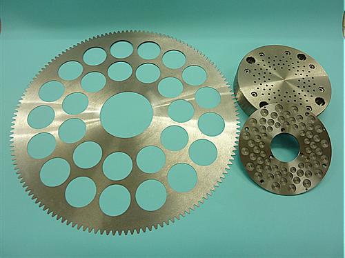 レーザー加工、NC旋盤加工、マシニング加工、ワイヤー加工