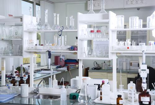 Labor bei Lexagirl Naturkosmetik