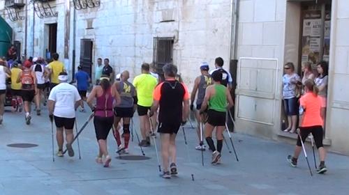 El Burgo de Osma( Soria) , julio del 2014, 13 walkers tras los corredores