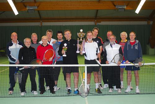 RPC Cup Sieger 2014 Thomas Steffens (li. neben dem Pokal)