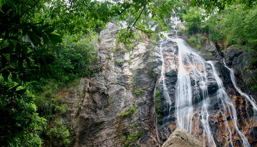 Cascate di Na Muang in Koh Samui (Photo by Ananas Hostels)