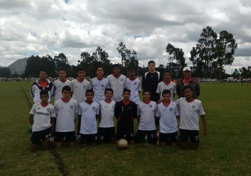 Equipo Juvenil de San Pablo, vence 4-1 a FC AJAX, en tercera fecha del Maracaná 2016