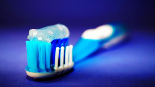 Вред от фторирования зубов и применения фторсодержащих зубных паст - ПЛАНЕТА ОМ