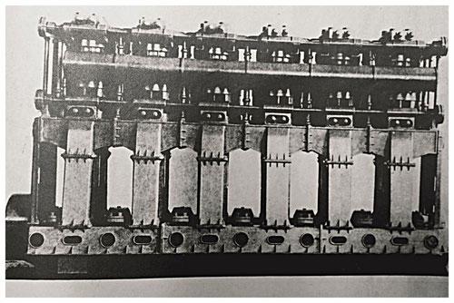 Groß-Dieselmotor SN 12000/6 von MAN-Nürnberg für das Schlachtschiff SMS Prinzregent Luitpold, ab 1910 entwickelt