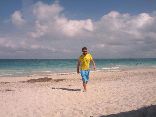 Am Strand von Kuba