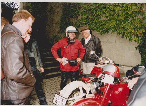 Walter Zusann mit Helm