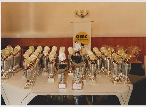 Pokale zur Siegerehrung