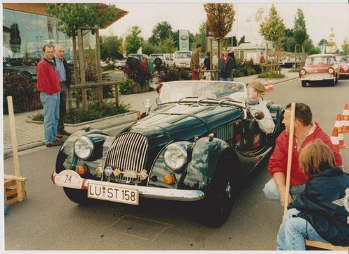 WP Autohaus OSTER - Karlheinz Wagner und Rita Stumpfauf MORGAN Plus8