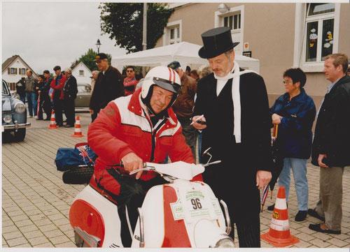 Harald Horn am Start mit seinem HEINKEL-Roller