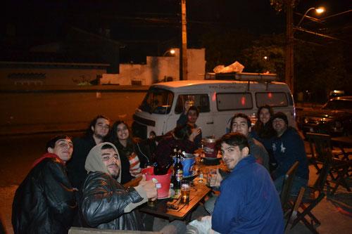 Grupo en el Combi Bar