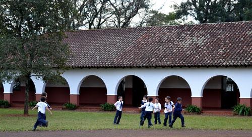 Escuela Primaria de la Fundación Victoria Jean Navajas, dentro de Las Marías