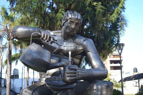 Escultura a la tradición del mate