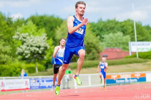Sprinter Simon Heweling beeindruckte mit einem fulminanten Double über 100 und 200m (Foto: Jan-David Ridder)