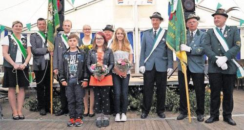 Die neue Königsfamilie des Westersoder Schützenvereins. Foto: Thomys
