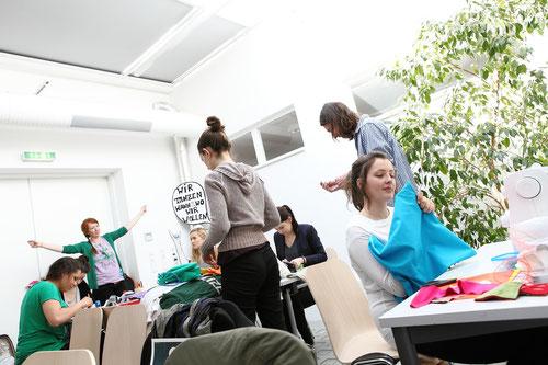 Craftivism-Workshop mit Steffi Müller (Foto: Pia Streicher)
