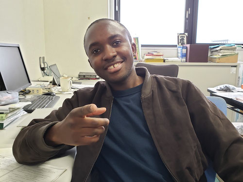 Africa student in University lab. Scholarships are available for Africans who want to study in Japan.