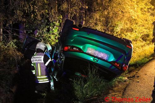 Feuerwehr; Blaulicht; BFV Knittelfeld; PKW; Auto; Unfall; FF Apfelberg;