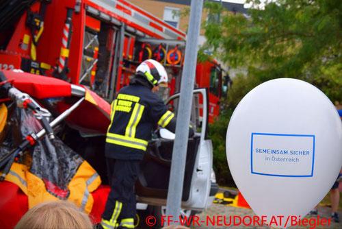 Feuerwehr, Blaulicht, FF Wiener Neudorf, Sicherheitsfest