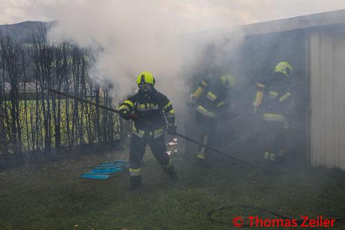 Feuerwehr, Blaulicht, Verkehrsunfall, PKW, LKW, Knittelfeld, Zusammenstoß