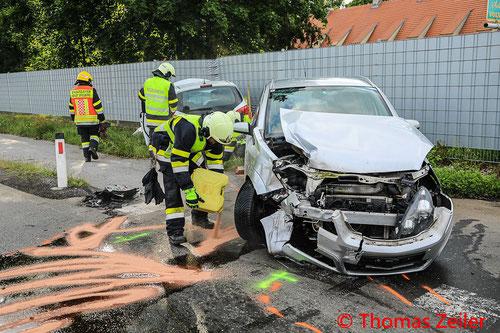 Feuerwehr, Blaulicht, BFV Knittelfeld, L 518, Verkehrsunfall, PKW