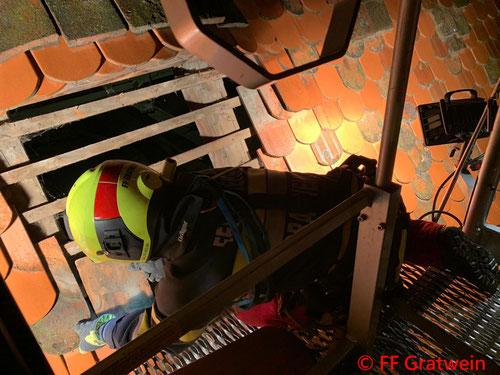 Feuerwehr; Blaulicht; FF Gratwein; Kirche; Personenrettung;