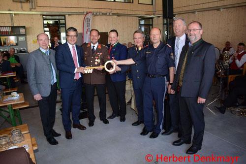 Feuerwehr, Blaulicht, BFKDO Urfahr-Umgebung, Puchenau, Neues Multifunktionszentrum, Eröffnung