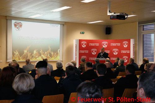 Feuerwehr, Blaulicht, Mitgliederversammlung, St. Pölten