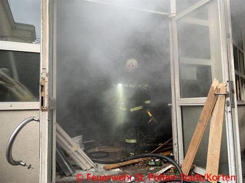 Feuerwehr, Blaulicht, Brand, Ärztezentrum, St. Pölten, Promenade