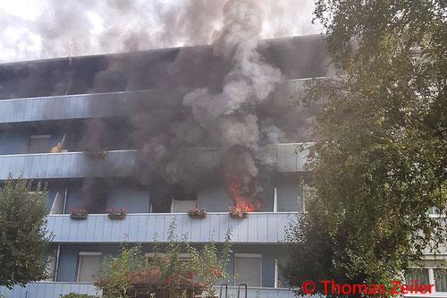 Feuerwehr, Blaulicht, Knittelfeld, Brand, Mehrparteienhaus