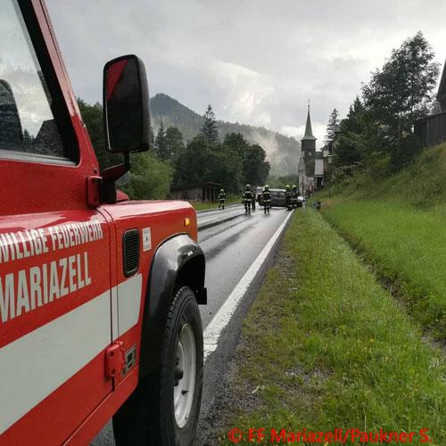 Feuerwehr; Blaulicht; FF Mariazell; PKW; Unfall; Fahrzeugberung; B20; Wegscheid;