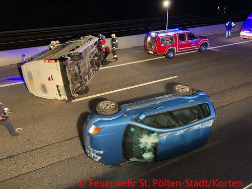 Feuerwehr, Blaulicht, A1, PKW, Unfall, Kollision