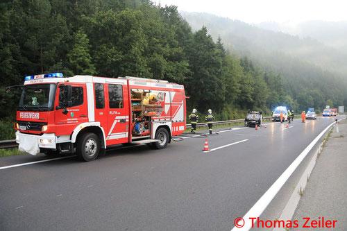 Feuerwehr; Blaulicht; BFV Knittelfeld; PKW; Auto; Überschlag; S36;