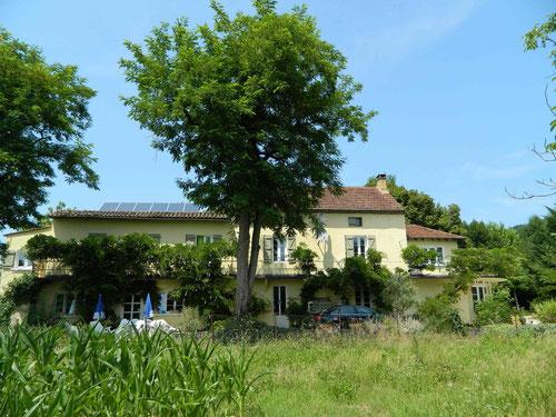 Le Coustaty façade sud côté Dordogne