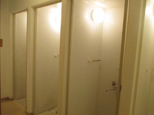 ボクシングジムのシャワールーム