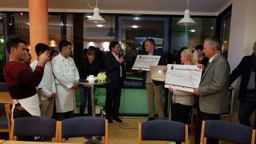 Weihnachtliches Kochen mit Flüchtlingen des SOS Kinderdorf Kleve und Caritas Kleve 11.12.2017