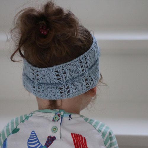 Strickanleitung Stirnband von Klompelompe gestrickt mit Wolle von Lamana