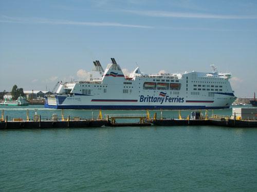 Mont-St-Michel arrivant à Portsmouth en provenance de Ouistreham en 2015.
